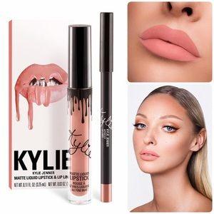 Kylie Lipkit in Apricot